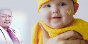 Kapan bayi mulai makan makanan bayi?
